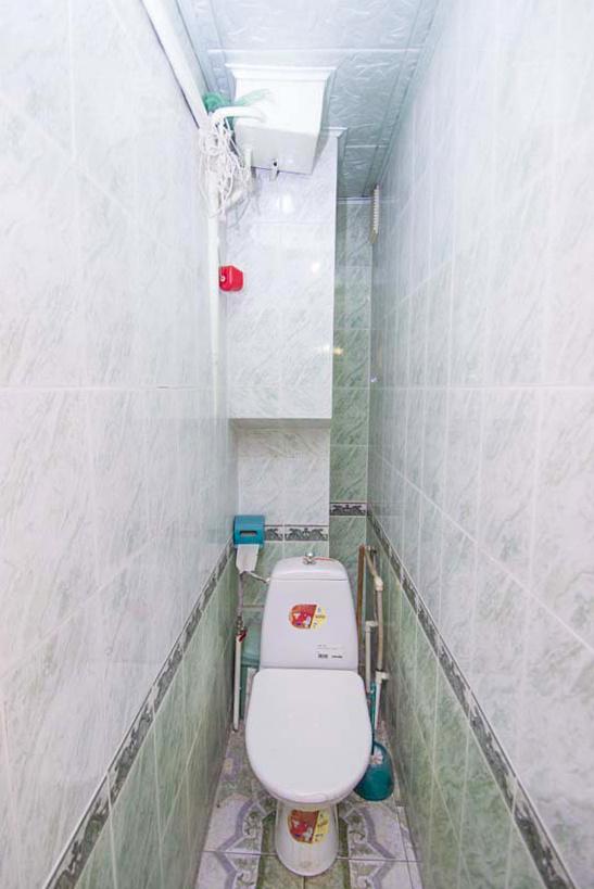 продажа многокомнатной квартиры номер A-133102 в Приморском районе, фото номер 22
